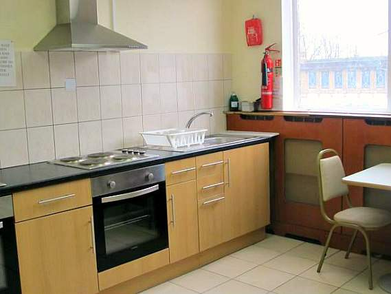 Save even more money by preparing your own food in the self-catering kitchen at Northfields Hostel London
