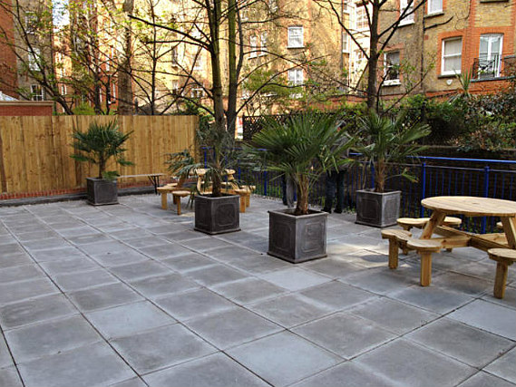 Garden areas at Park House Residence