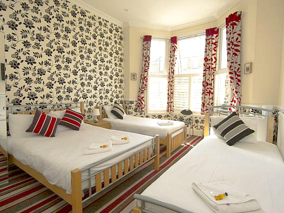 Quad rooms at Royal London Hotel are the ideal choice for groups of friends or families