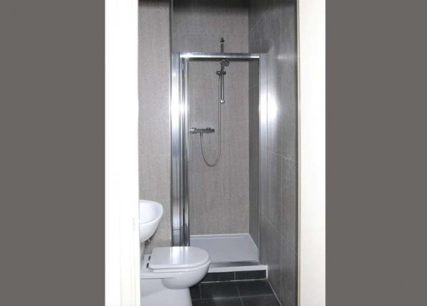 A typical shower system at Abercorn House