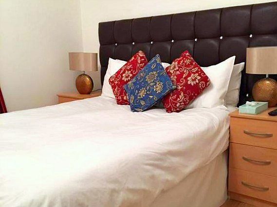 Double room at Metro London City Airport