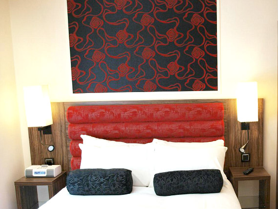 Double Room at Simply Rooms and Suites