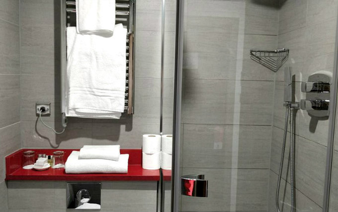 A typical shower system at Maitrise Hotel London Edgware Road