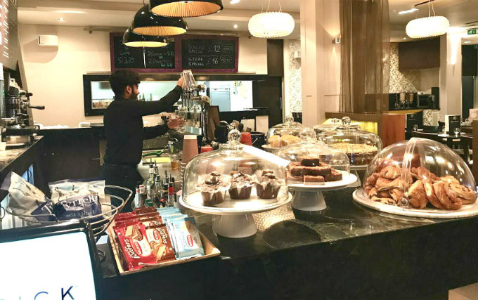 Enjoy a great breakfast at Maitrise Hotel London Maida Vale