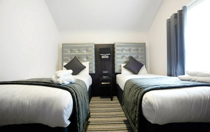 A typical twin room at The Pack and Carriage Bar and Rooms