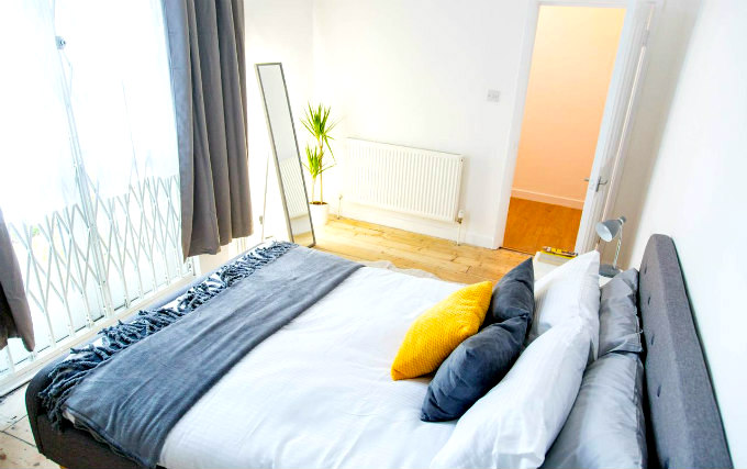 A typical double room at Cosmos Apartment Hackney