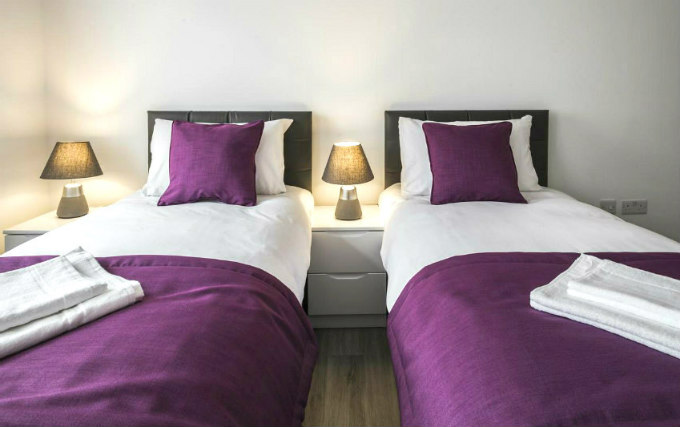 Twin room at Smart Stay Swiss Cottage