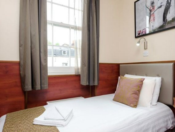 Single rooms at Wardonia Hotel provide privacy