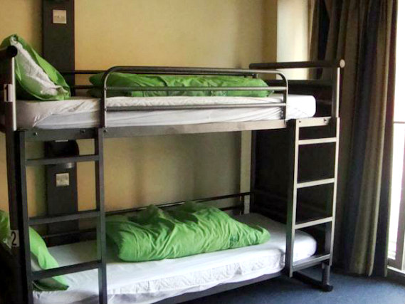 Dorm room at YHA London - St Pancras
