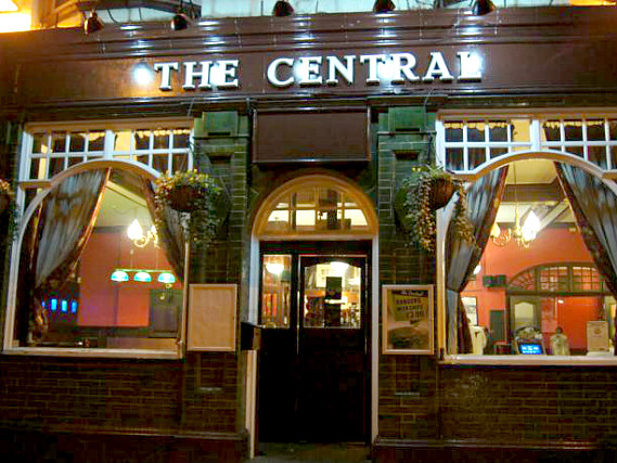 The Central is situated in a prime location in Plaistow close to West Ham United FC Upton Park