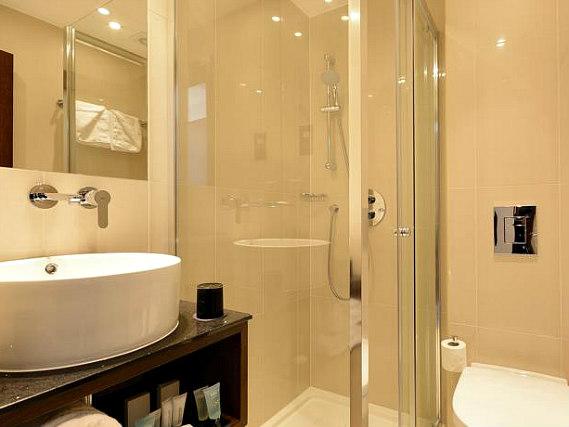 Best western paddington court suites london book on for 27 devonshire terrace paddington