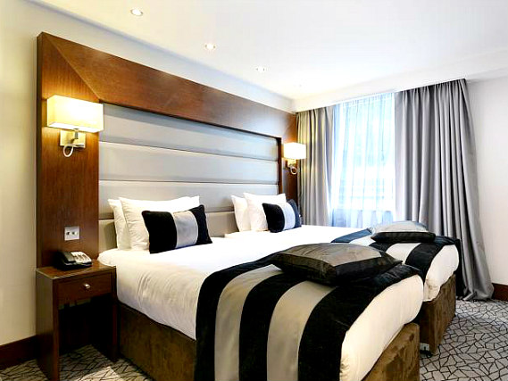 A twin room at Best Western Paddington Court Suites is perfect for two guests