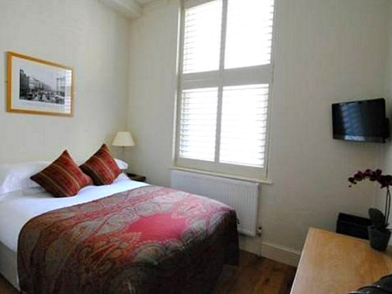 A double room at Vancouver Studios London is perfect for a couple
