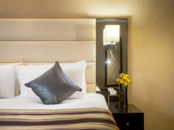 A double room at Shaftesbury Premier London Hyde Park Hotel is perfect for a couple