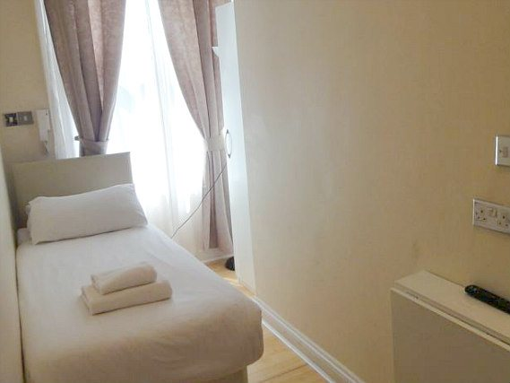Single rooms at Dylan Kensington provide privacy