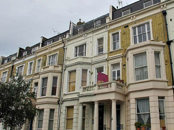 Access Apartments Earls Court is situated in a prime location in Earls Court close to Natural History Museum