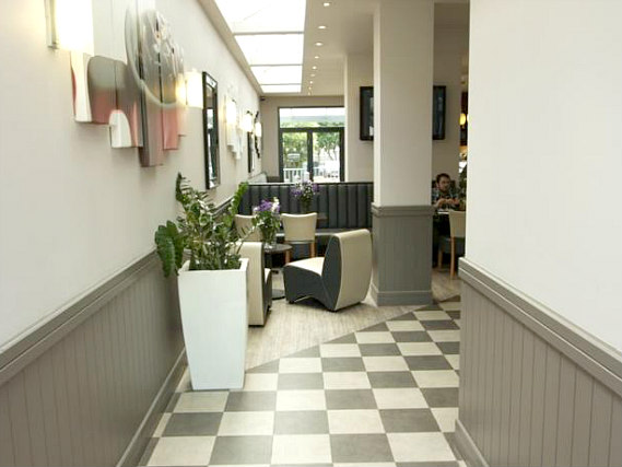 Common areas at New Pembury Hotel