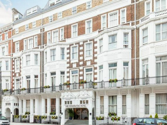 Avni Kensington Hotel is situated in a prime location in South Kensington close to Natural History Museum