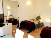Rooms at Palace Court Holiday Apartments come with many facilities