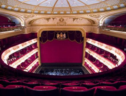 Royal Opera House Hotels Near London