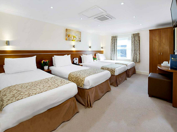 Quad rooms at Bayswater Inn are the ideal choice for groups of friends or families