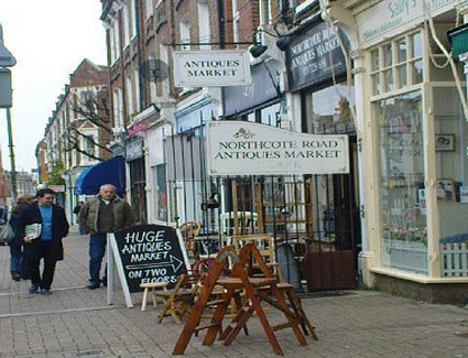Book a hotel near Northcote Road Antique Market