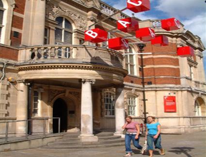 Book A Hotel Near Battersea Arts Centre