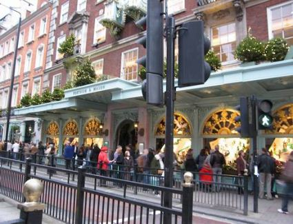 Book a hotel near Fortnum And Mason