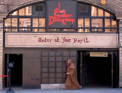 Hotels Near London Dungeons