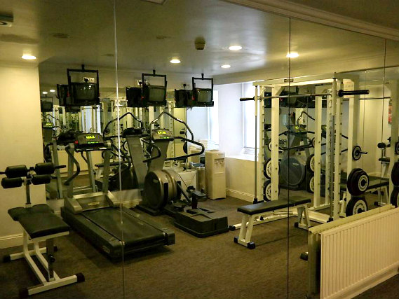 gym at Commodore Hotel London