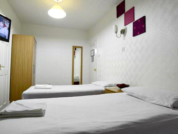 A twin room at The Park Hotel Ilford