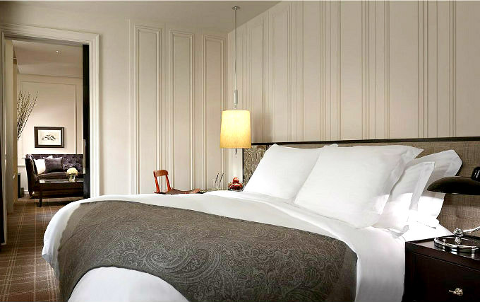 A comfortable double room at Rosewood London
