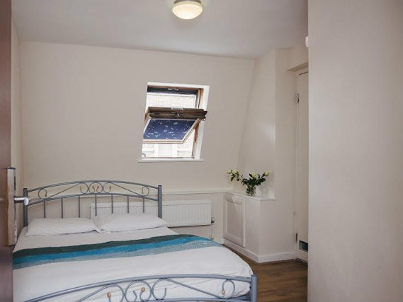 Your comfortable double room in Barkston Rooms