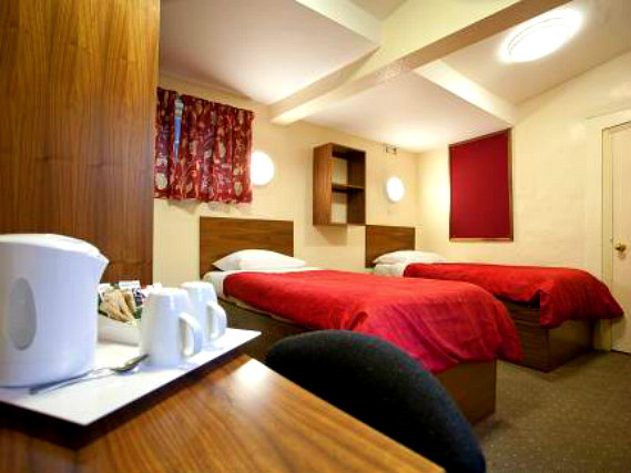 Get a good night's sleep in your comfortable room at Durham Castle