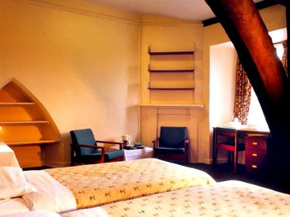 A twin room at Durham Castle is perfect for two guests