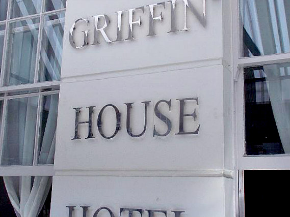 Griffin House Hotel is situated in a prime location in Paddington close to Edgware Road