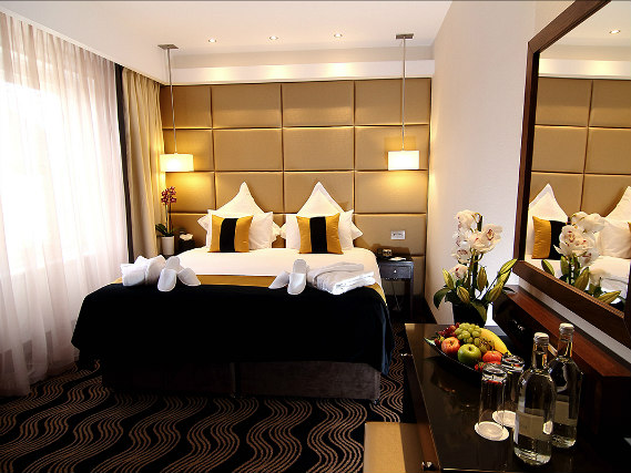 A double room at Shaftesbury Piccadilly Hotel is perfect for a couple