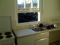 Communal kitchen facilities are available