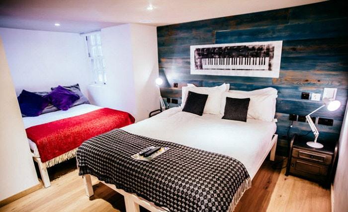 Quad Hotel Rooms In Edinburgh