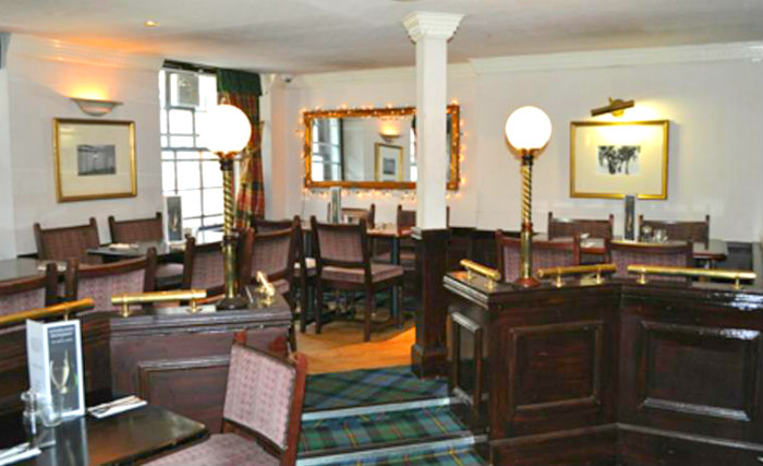A place to eat at Argyll Guest House