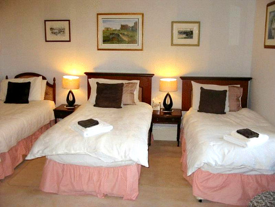 Triple rooms at Best Inn Hotel are the ideal choice for groups of friends or families