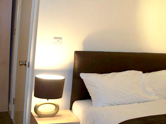 A double room at City Lodge London is perfect for a couple