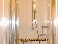 Shower at Rex Hotel London