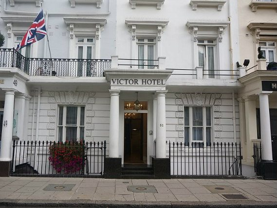 Victor Hotel London Victoria is situated in a prime location in Victoria close to Thomas Cubitt Statue