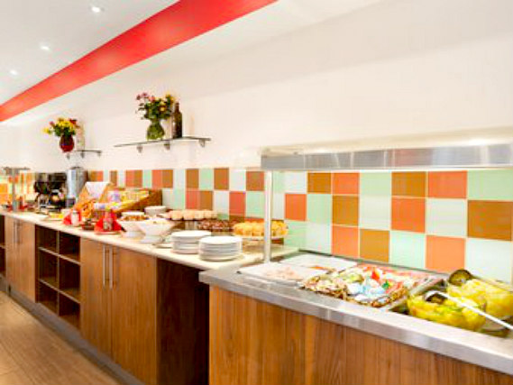 Get your day off to a great start with a continental breakfast/full English breakfast at Ramada Hounslow - Heathrow East