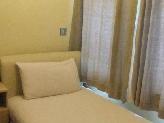 Single rooms at Dylan Earls Court provide privacy