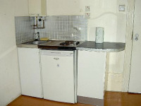 some rooms offer kitchenette facilities