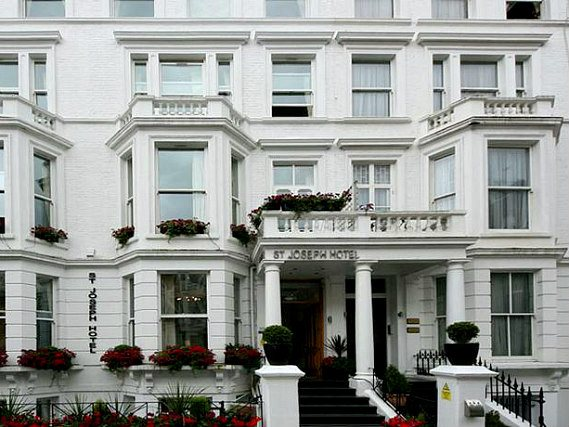 St Joseph Hotel London is situated in a prime location in Earls Court close to Earls Court Exhibition Centre