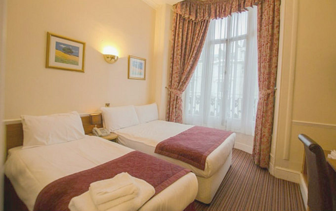 Triple room at Brunel Hotel
