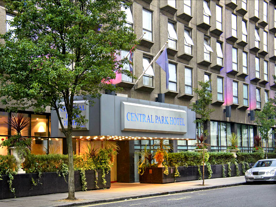 Central Park Hotel London is situated in a prime location in Bayswater close to Kensington Gardens